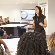 Die 11 größten Stolpersteine bei der Moderation von Online Meetings, virtuellen Workshops und digitalen Konferenzen